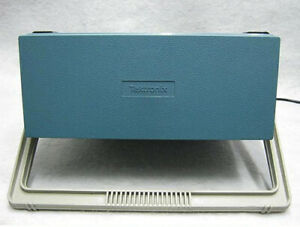 Tektronix 2715 Spectrum Analyzer e