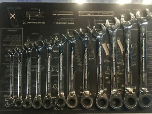 12pc Reversible Ratcheting Combination Metric Wrench Set