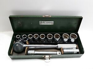 Vintage S K Tools 12 Pc 1 2 Drive Ratchet Socket Set Plus Case Spark Plug