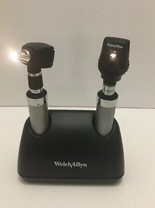 Welch Allyn 7114x Universal Charger W 71670 Handles With Heads batteries Inc
