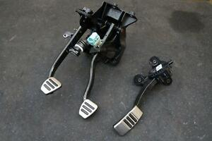 Set Gas Pedal Brake Clutch Pedal Cr3z9f836c Oem Ford Mustang Gt350 2015 17