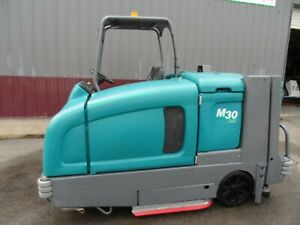 Tennant M30 Sweeper scrubber L p Totally Serviced G m Eng Low Hr