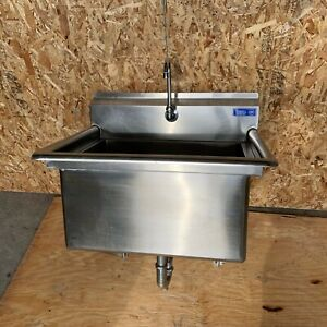 Terrell Stainless Steel Commercial Wash Sink Hot Cold Pedals Hospital
