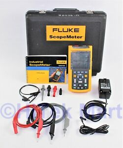Fluke 124 Industrial Scopemeter 40 Mhz W Hard Case And Leads