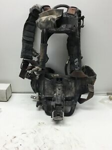 Interspersed Scba Harness Regulator And Frame No Tank