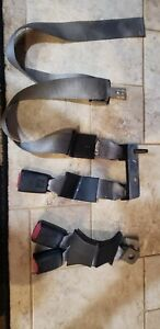 2002 2007 Ford F250 F350 Extended Cab Rear Center Seatbelt Seat Belt Buckle