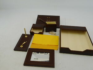 Majestic Goods Office Supply W940 Leather Desk Set Brown