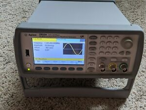Agilent 33522a Dual Channel Arbitrary Function Waveform Generator 30mhz 250ms s