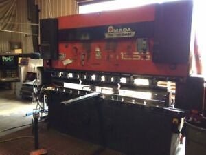 Used 138 Ton X 10 Amada Cnc Hydraulic Press Brake