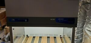 Labconco 3 Purifier Vertical Clean Bench With Uv Light Protection Panel