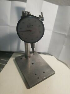 Mitutoyo Dial Indicator 2410 001 250 W 7 stand