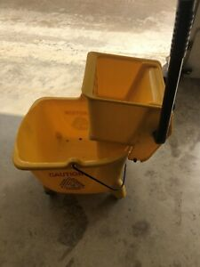 Mop Bucket Wringer Heavy Duty 32 Quart Capacity