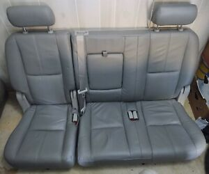 2007 2014 Chevy Tahoe Yukon Escalade Suburban Xl 2nd Row Bench Seat Gray Leather