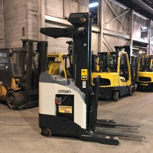 2005 Crown Rr5220 35 Used Forklift Reach Truck Triple Mast Low Hours