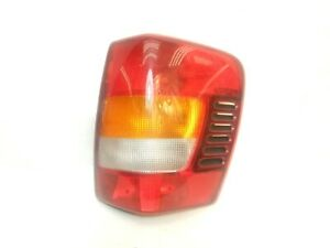 Jeep Grand Cherokee Wj 99 04 Passenger Right Tail Light Lamp Taillight