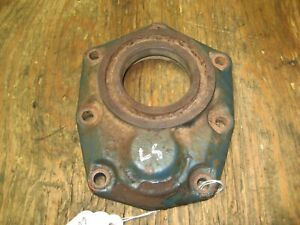 Kubota B5200d 4x4 Front Axle Gear Case Cover 66711 56430