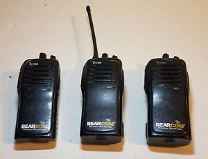 Lot Of 3 Bearcom Icom Bc100u Two Way Radios with 1 Antenna 2 Batteries