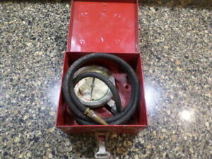 Snap on Vacuum Fuel Pump Pressure Gauge