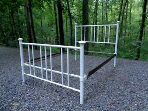 Vintage Full Size White Double Iron Bed Frame Nashville Tennessee