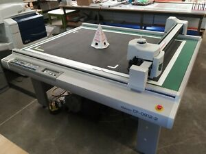 Mimaki Cf 0912 2 Three Head Flatbed Cutter cuts Scores And Can Draw With Pen