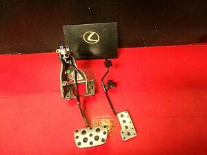 01 05 Lexus Is300 Driver Gas Accelerator Brake Pedal Pedals Assembly Automatic