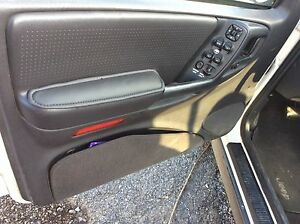 Jeep Grand Cherokee Driver Passenger Door Panel Repair Pair 1996 1997 1998