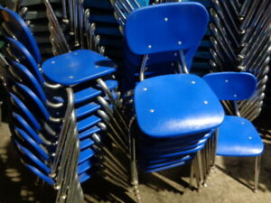 Vintage Lot Of 18 Blue Plastic Stacking Chairs 16 High Student School Chairs