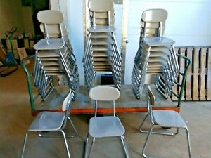 Vintage Lot Of 28 Grey Sled Base Stacking Chairs 15 1 2 16 Seat School Chairs