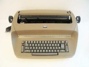 Vintage Ibm Selectric I Typewriter W Working Ribbon Tested please Read