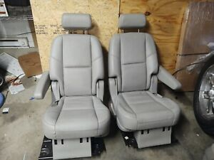 07 14 Tahoe Escalade Seat Bucket Captain Chair Set Gray Middle Second Row Heated