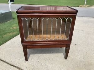 Rare Globe Wernicke H Size Bookcase With Leaded Glass