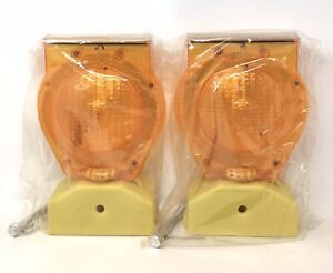 2 pk Type a c Dual Function Solar Powered Barricade Lights Yellow Df002y New