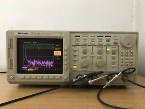 Tektronix Oscilloscope Tds744a 500mhz 2gs s In Perfect Working Condition