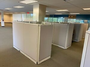 Cubicle partition W Glass By Steelcase Office Furniture 6ftx6ftftx52 h