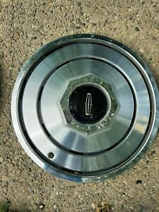 1970 S Lincoln 15 Inch Hub Caps Lot Of 4 Wheel Covers Hubcaps