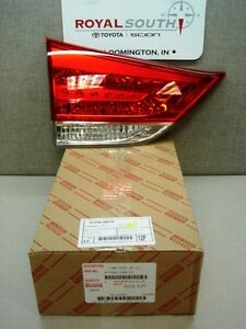 Toyota Sienna 11 14 Lt Rear Lift Gate Tail Light Lamp Genuine Oem Le Xle Std