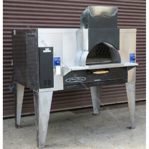 Bakers Pride Fc 516 Il forno Gas Pizza Oven Used Excellent Condition