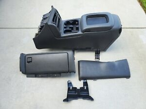 2003 2007 Silverado Sierra Avalanche Center Console Glovebox Black Charcoal Pewt
