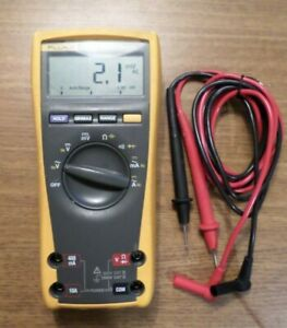 Fluke 175 True Rms Multimeter 84530014