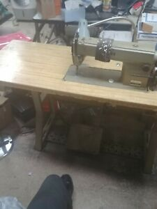 Juki Ddl 5550 Industrial Sewing Machine With Table And Lamp