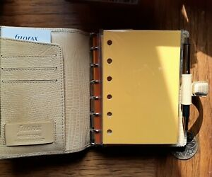 40 Pastel Colored Plain Refills For Filofax Pocket Organizers With 6 Holes