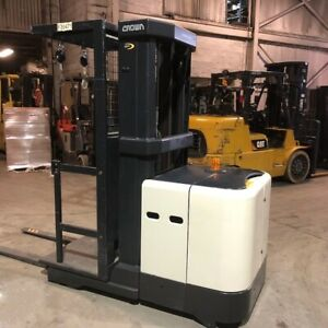 2009 Crown Sp3505 30 Used Order Picker Forklift W low Hours Triple Mast 24 Volts