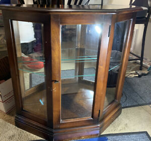 Vintage Lighted Display Case With 1 Glass Shelve Heavy Duty Piece