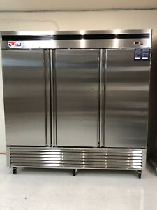 Us Inc B Series 3 Door Reach in Vertical Cooler