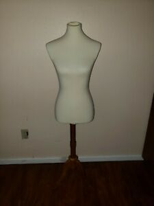 Mn 103 White Female French Dress Form Mannequin W Tripod Wood Base