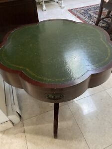 Mahogany Scallop Shaped Embossed Green Leather Top Pedestal Drum Table