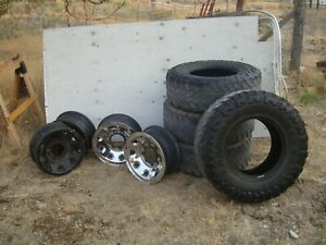 Set Of 4 Used 285 75 16 Toyo Open Country A T 4 Used Rims