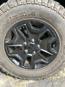 Set Of 4 Used 32 Bf Goodrich Mud Tires And Rims For Sale Lt255 75r17
