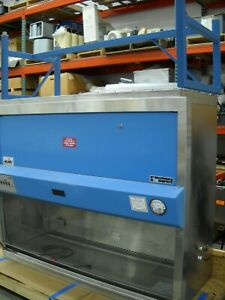 Nuaire Model Nu 425 600 6 Foot Biological Safety Cabinet Fume Hood With Base