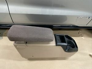98 11 Ford Ranger Console Cup Holder 83 93 88 91 94 Explorer 95 96 Mazda Navajo